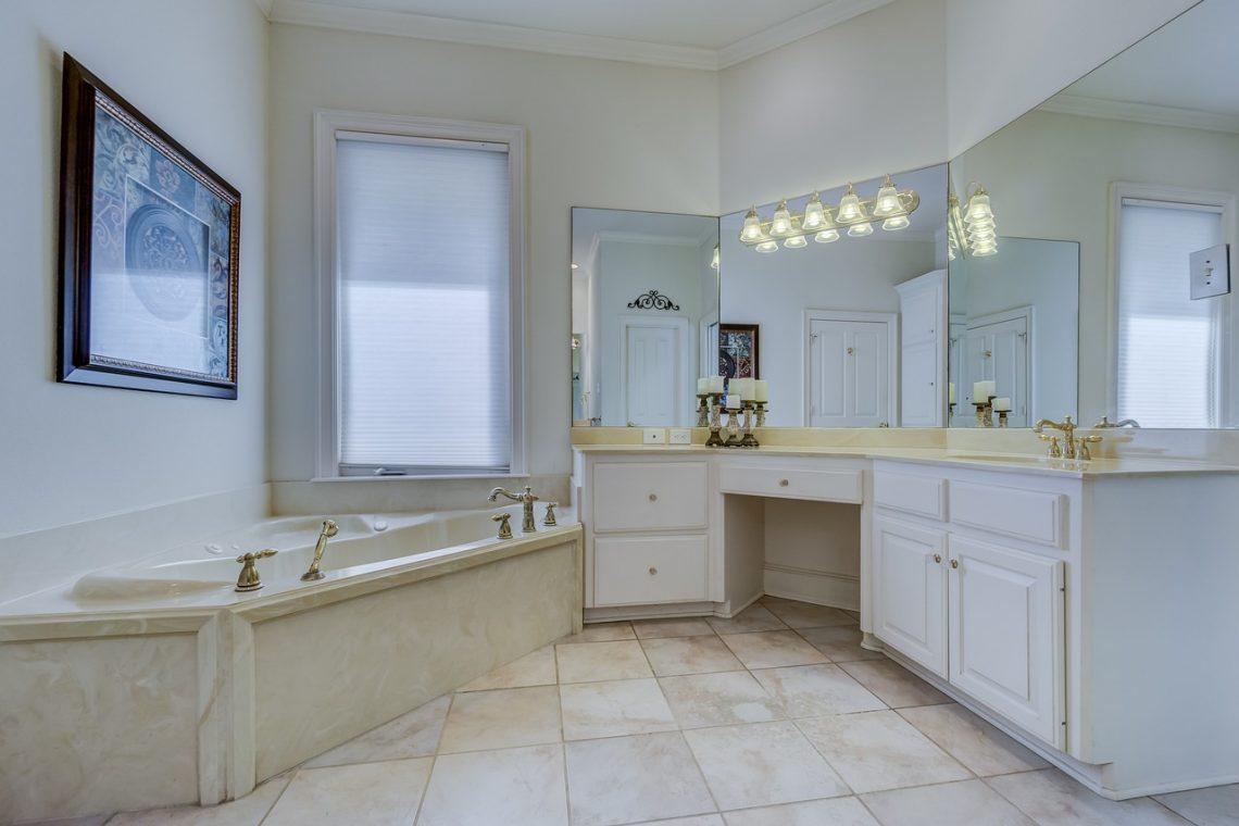 Podłoga W łazience Plusy I Minusy Różnych Nawierzchni